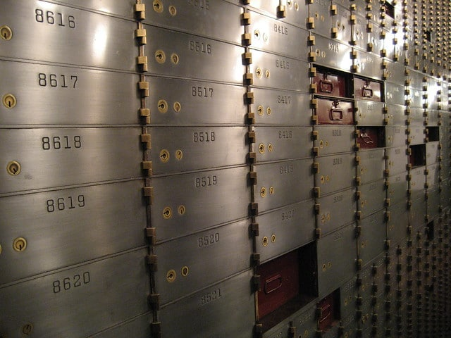 What Should I Keep in a Safe Deposit Box?