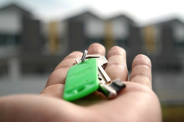 Should You Buy Homeowners Insurance Before Closing Date?